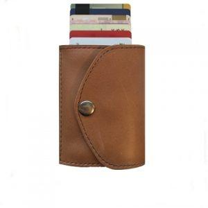 natūralios odos šviesiai rudos spalvos vyriška piniginė su kortelėmis